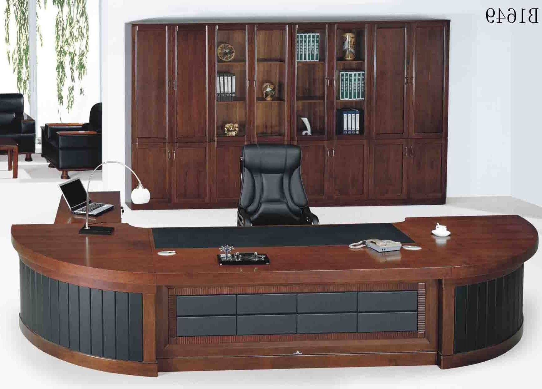 15+ Different Types Of Desks In Today's Market (Greatest Buying Intended For Most Popular Executive Office Table And Chairs (View 1 of 20)