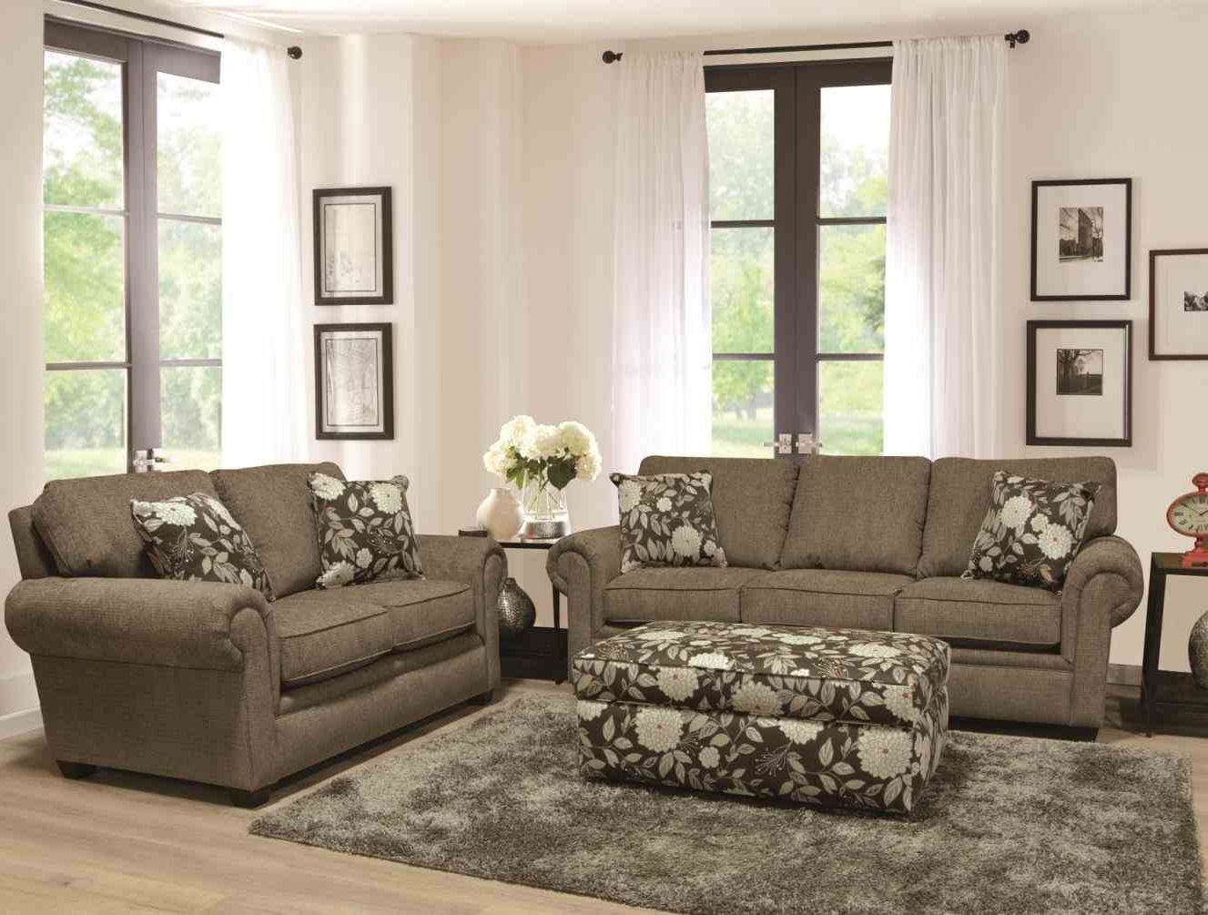 2018 Des Moines Ia Sectional Sofas Regarding Justin Salem Meyer Des Moines Iowa Wedding And Fabric Sectional (View 5 of 20)