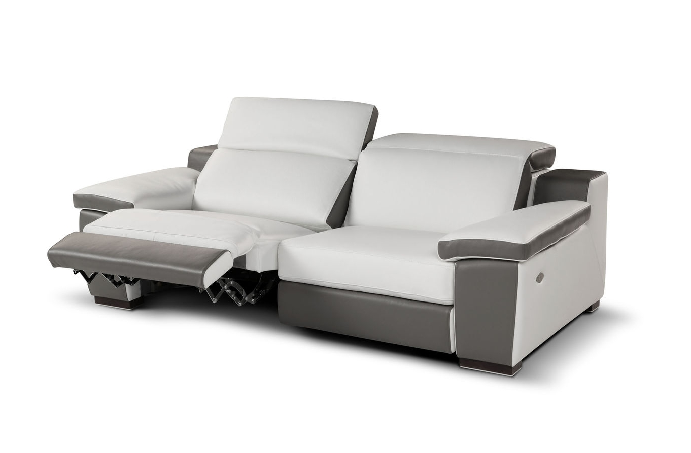 2018 Sofa: Remarkable Reclining Leather Sofa Leather Recliners On Sale Throughout Modern Reclining Leather Sofas (View 14 of 20)