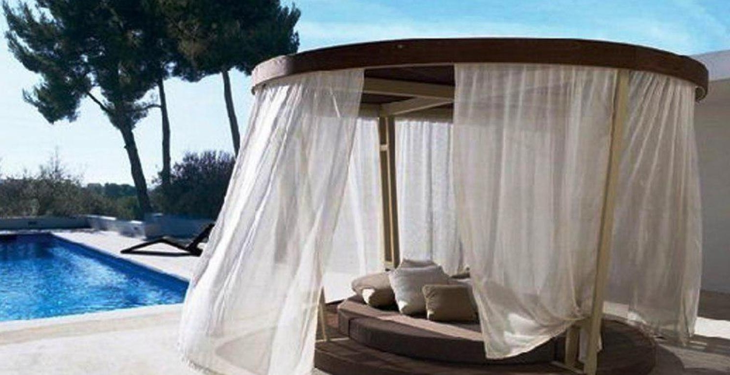2019 Outdoor Sofas With Canopy In Outdoor Wicker Daybed With Canopy Round 16 18 Elegant Design Of (View 17 of 20)