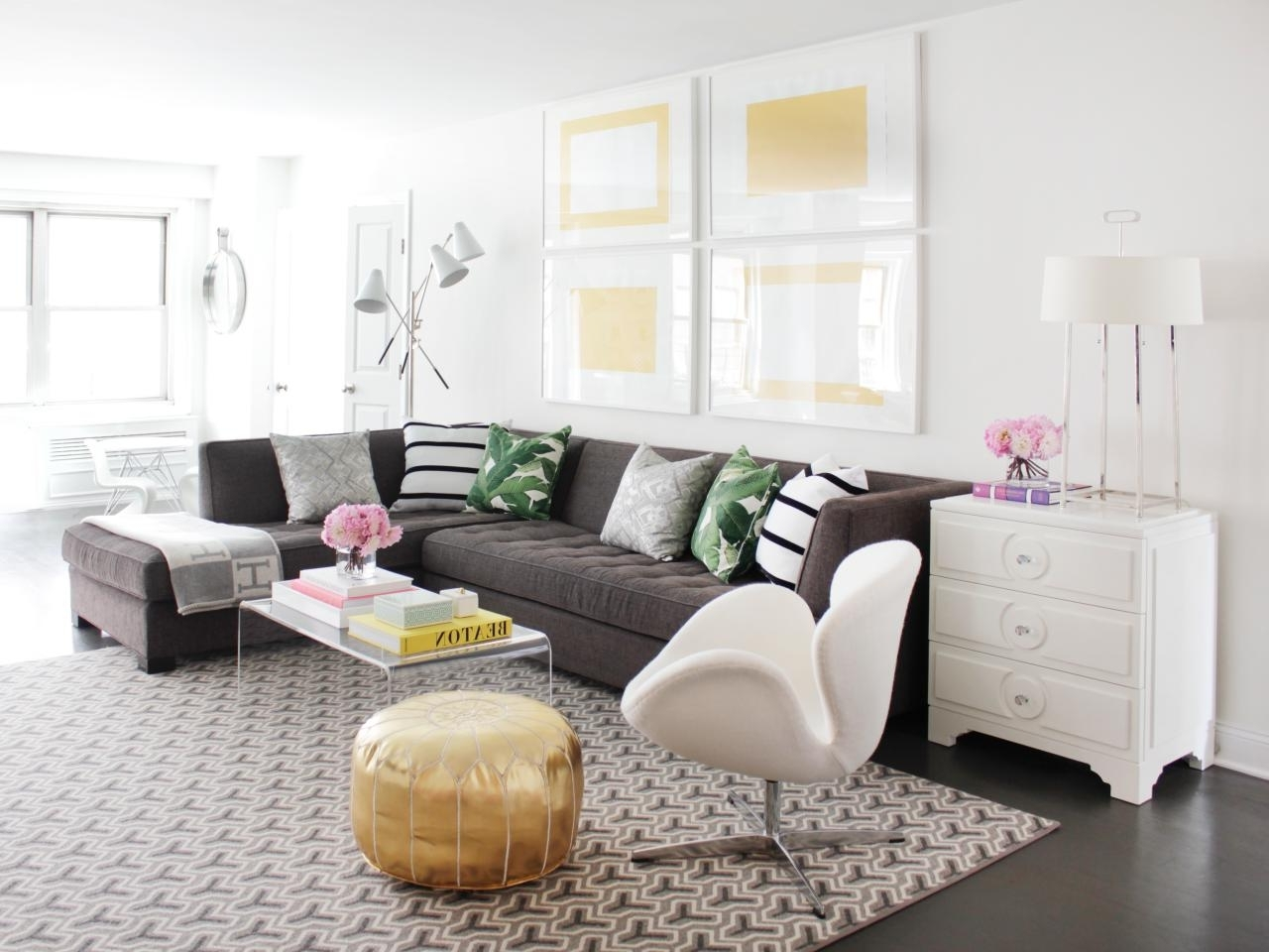 2019 Sectional Sofas Decorating Inside 12 Living Room Ideas For A Grey Sectional (View 1 of 20)