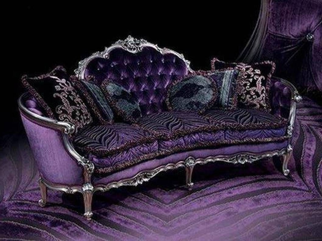 Featured Photo of Gothic Sofas