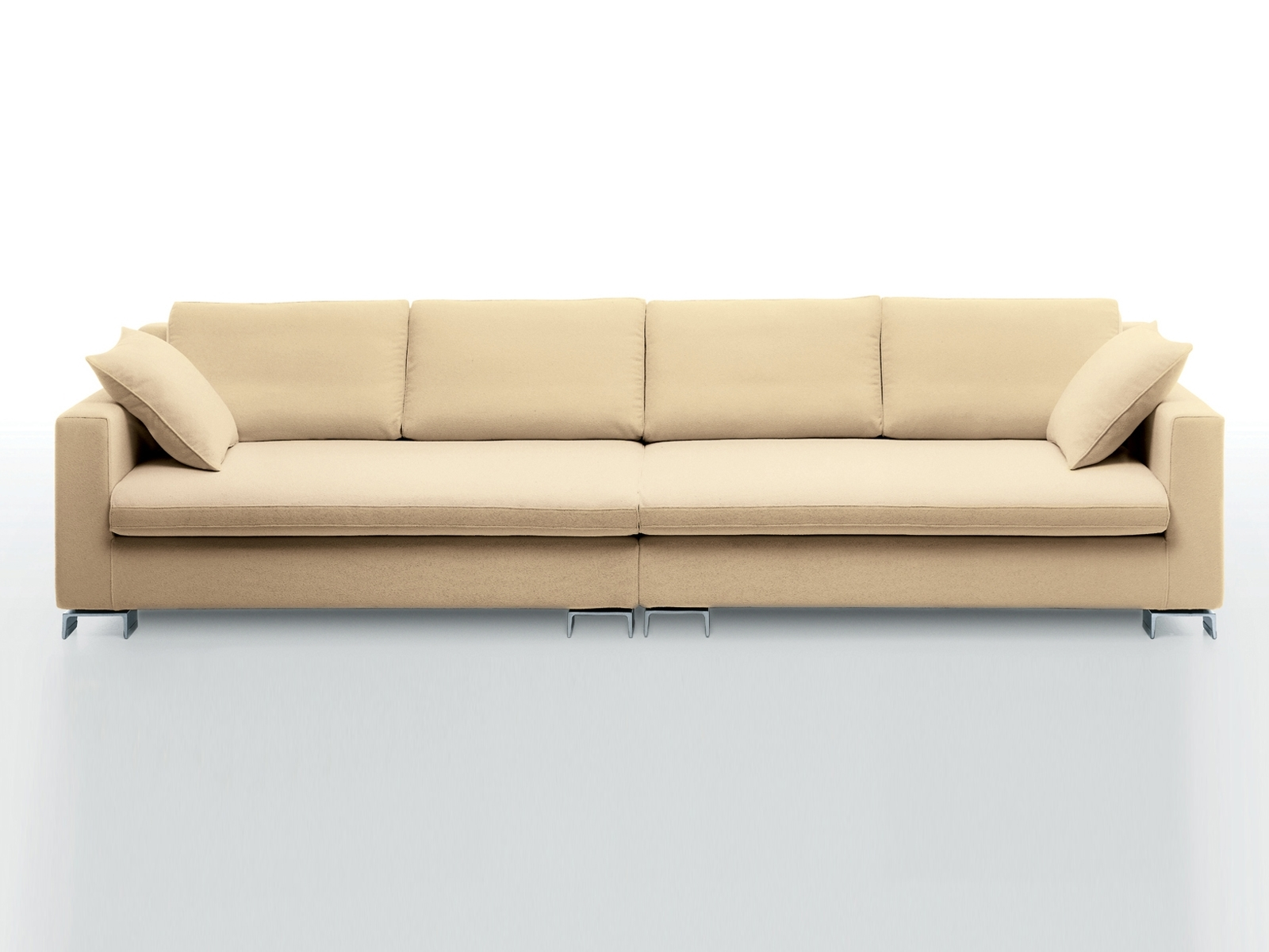 4 Seater Sofa For Large And Trendy Living Room Regarding Widely Used Four Seater Sofas (View 3 of 20)