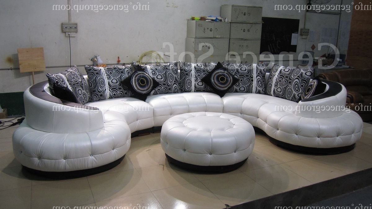 Amazing Round Couch 71 For Sofa Design Ideas With Round Couch With Popular Round Sofas (View 13 of 20)