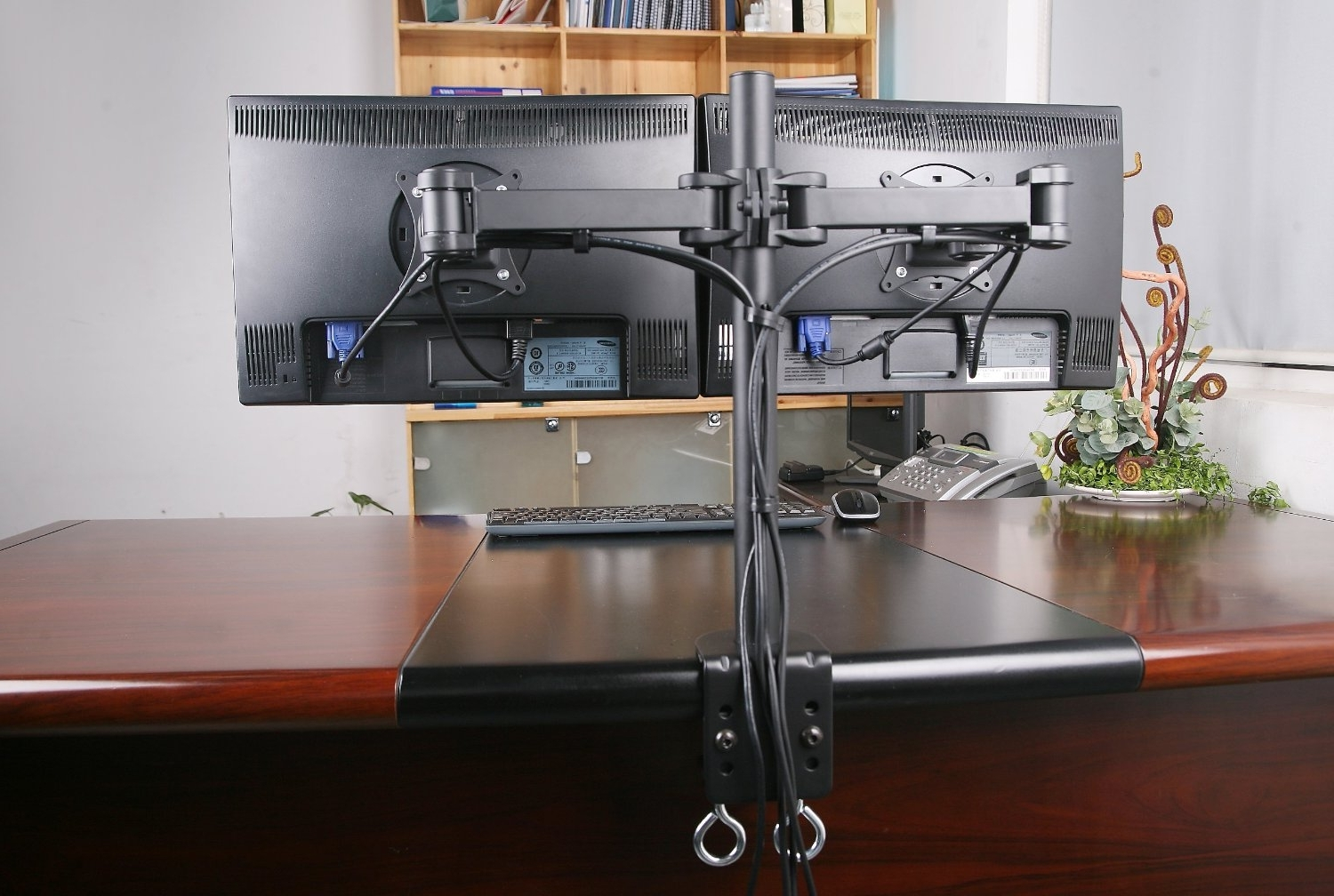 Awesome Wonderful Dual Monitor Desk Stand Organizer Design Ideas For 2018 Computer Desks With Monitor Mount (View 5 of 20)