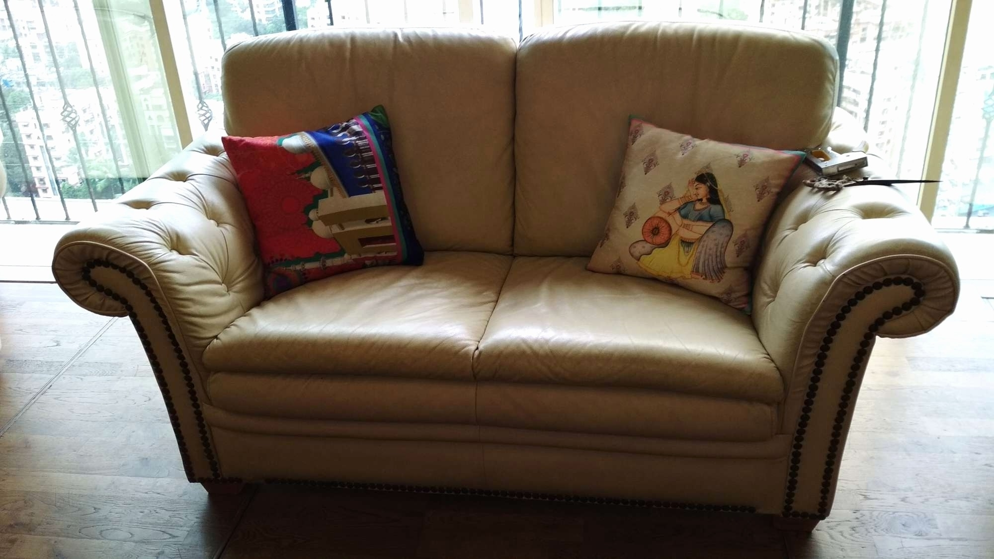 Bassett Furniture Greensboro Nc For Trendy Greensboro Nc Sectional Sofas (Gallery 14 of 20)