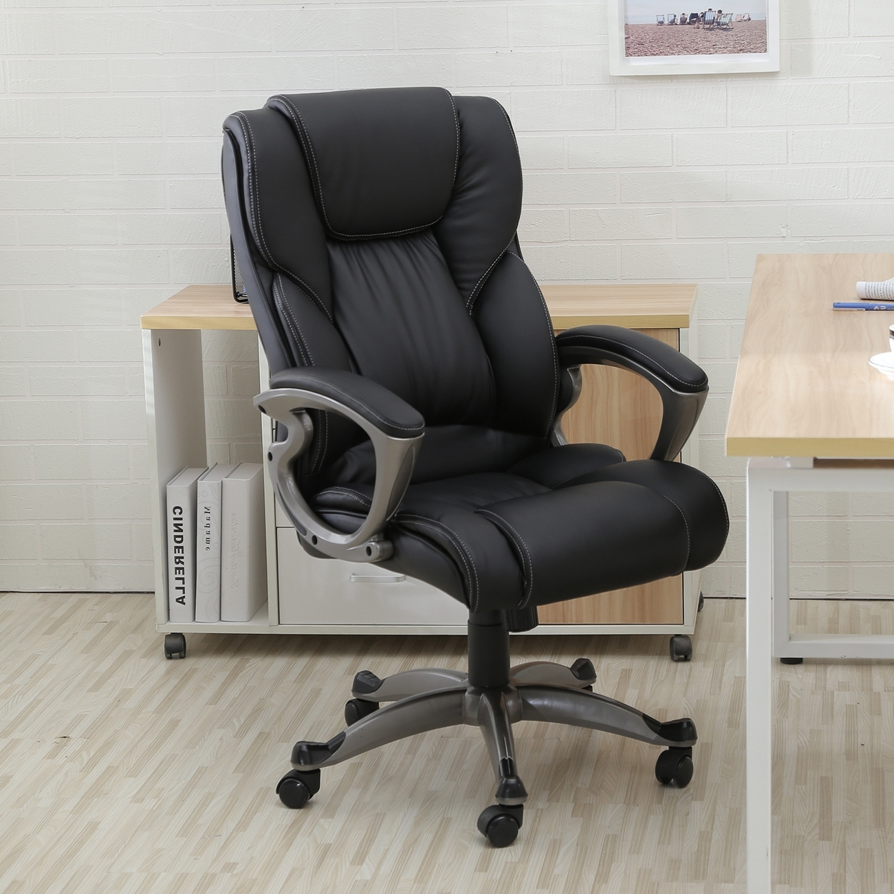 Belleze High Back Executive Faux Leather Office Chair, Black With Regard To Popular Light Beige Microfiber Executive Office Chairs (View 12 of 20)