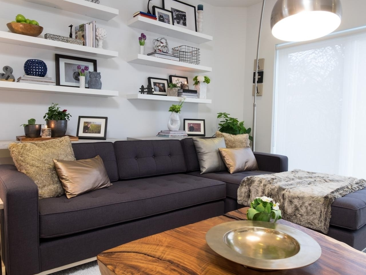 Best And Newest 12 Living Room Ideas For A Grey Sectional Hgtvs Decorating With Inside Sectional Sofas Decorating (View 2 of 20)