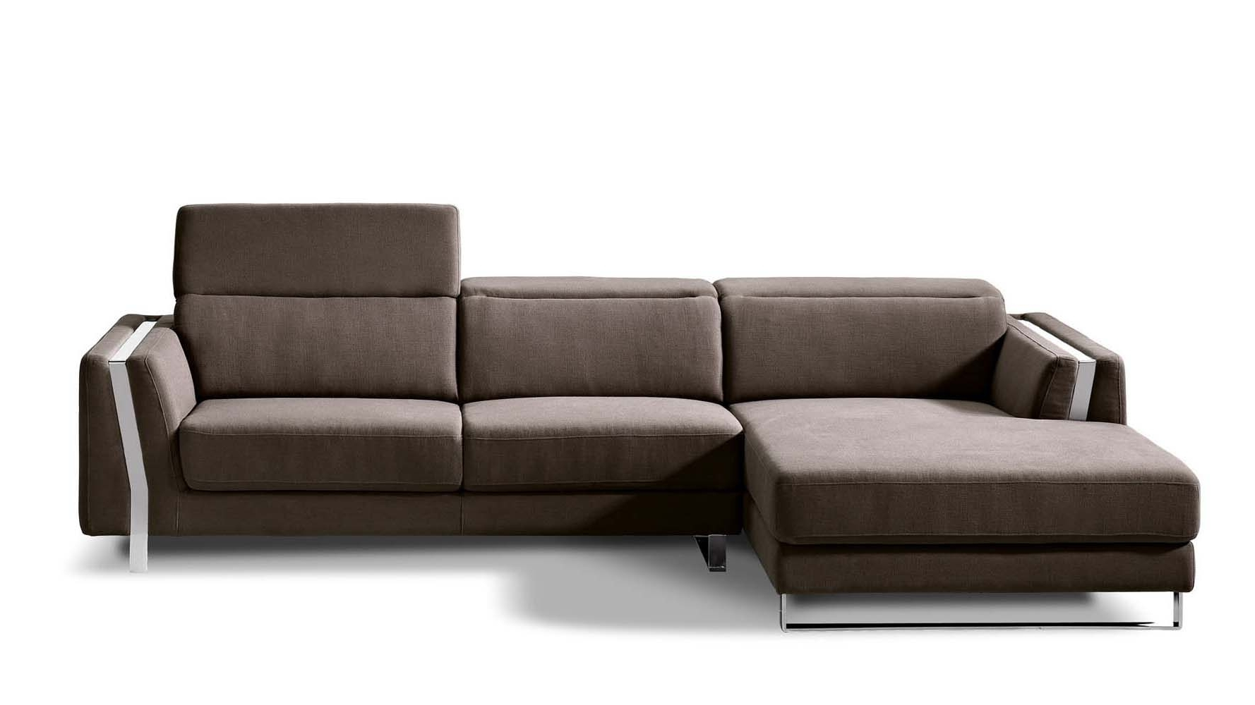 Best And Newest Brown Xavier Sectional Sofa (View 2 of 20)