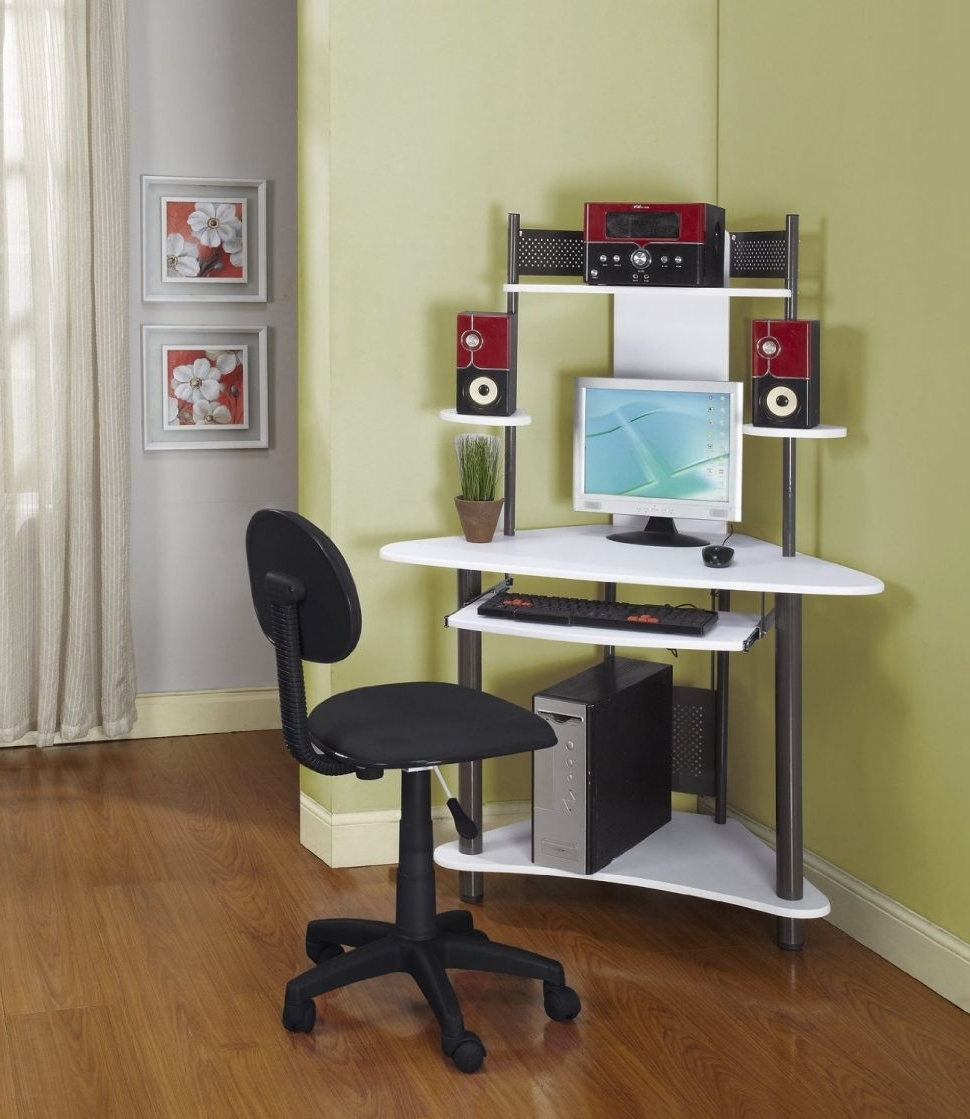 Best And Newest Computer Desks For Bedrooms Intended For Bedroom : Modest Corner Computer Desks For Small Spaces In (View 5 of 20)