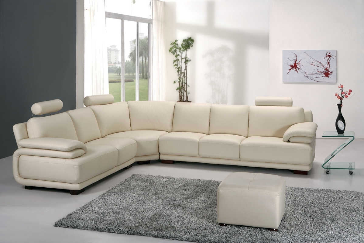 Best And Newest Corner Leather Sofas, Great Choice For Home Decoration (View 1 of 20)