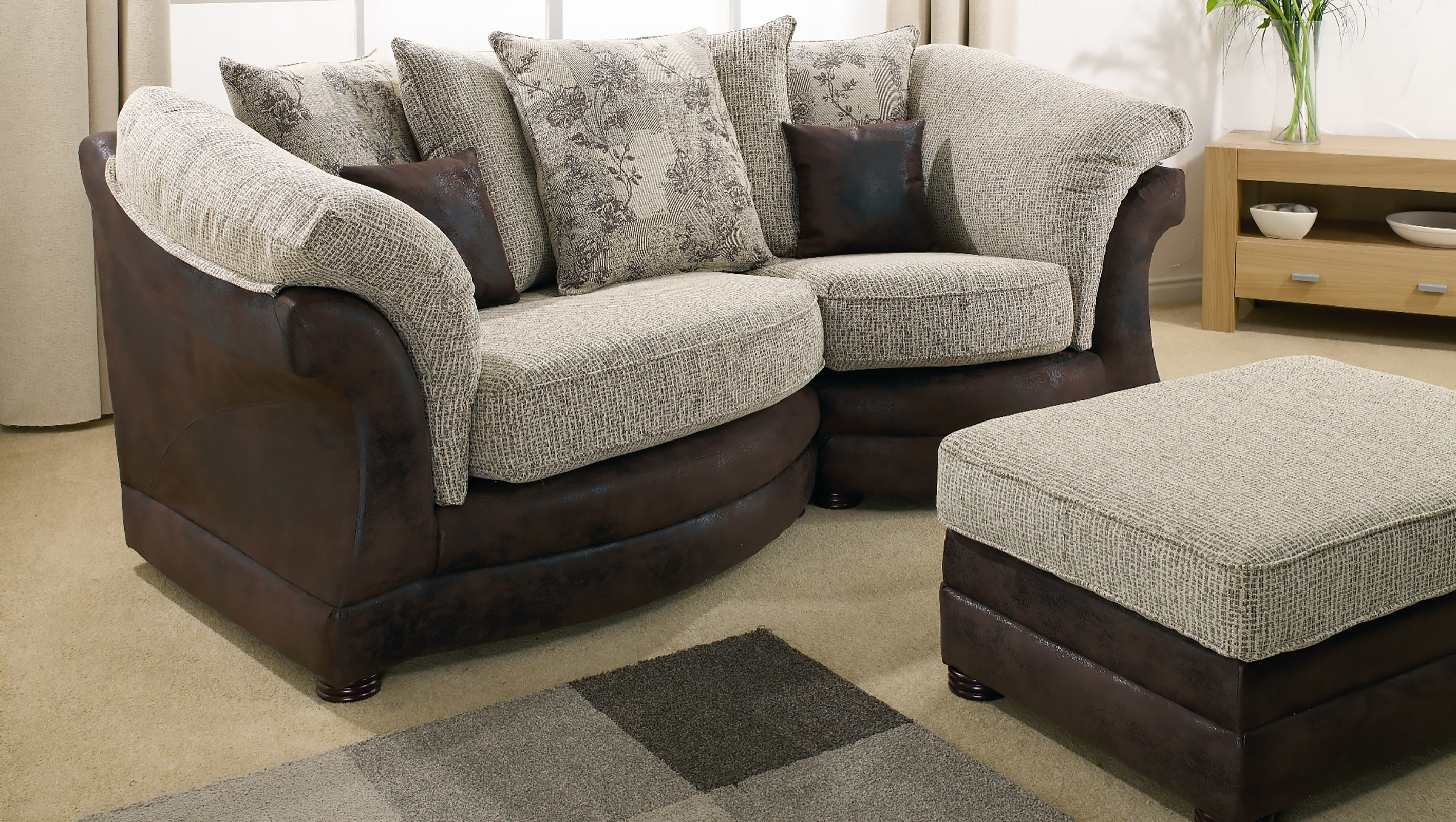 Best And Newest Lebus Maria Snuggle Sofa Cheapest (View 4 of 20)