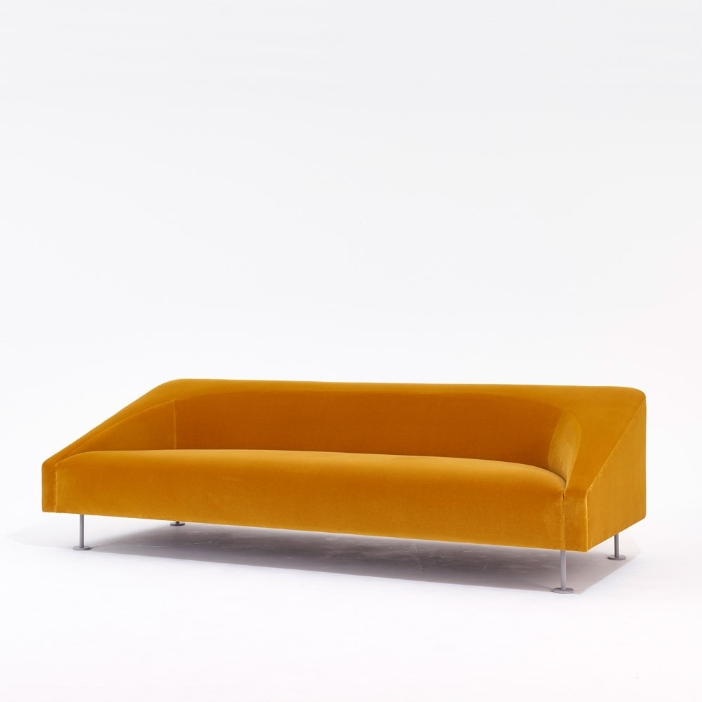 Best And Newest Linear Sofa (View 9 of 20)