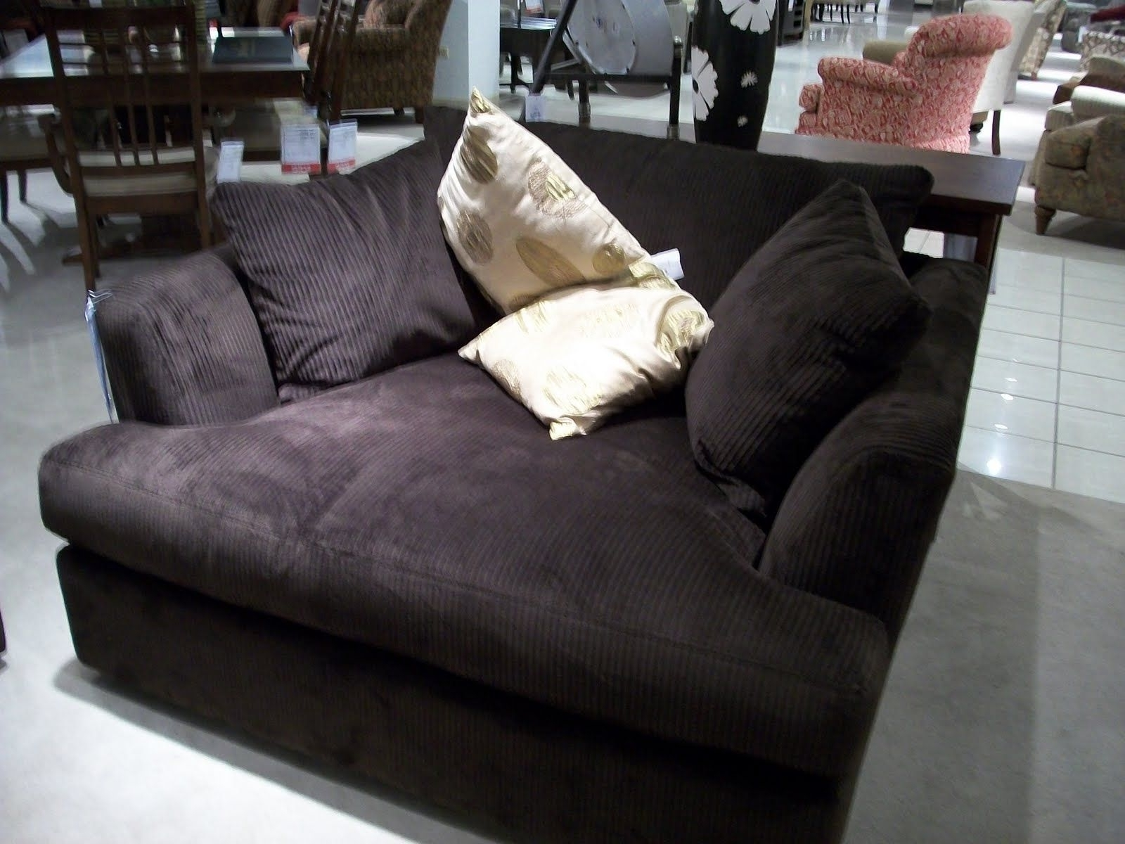 Featured Photo of Large Sofa Chairs
