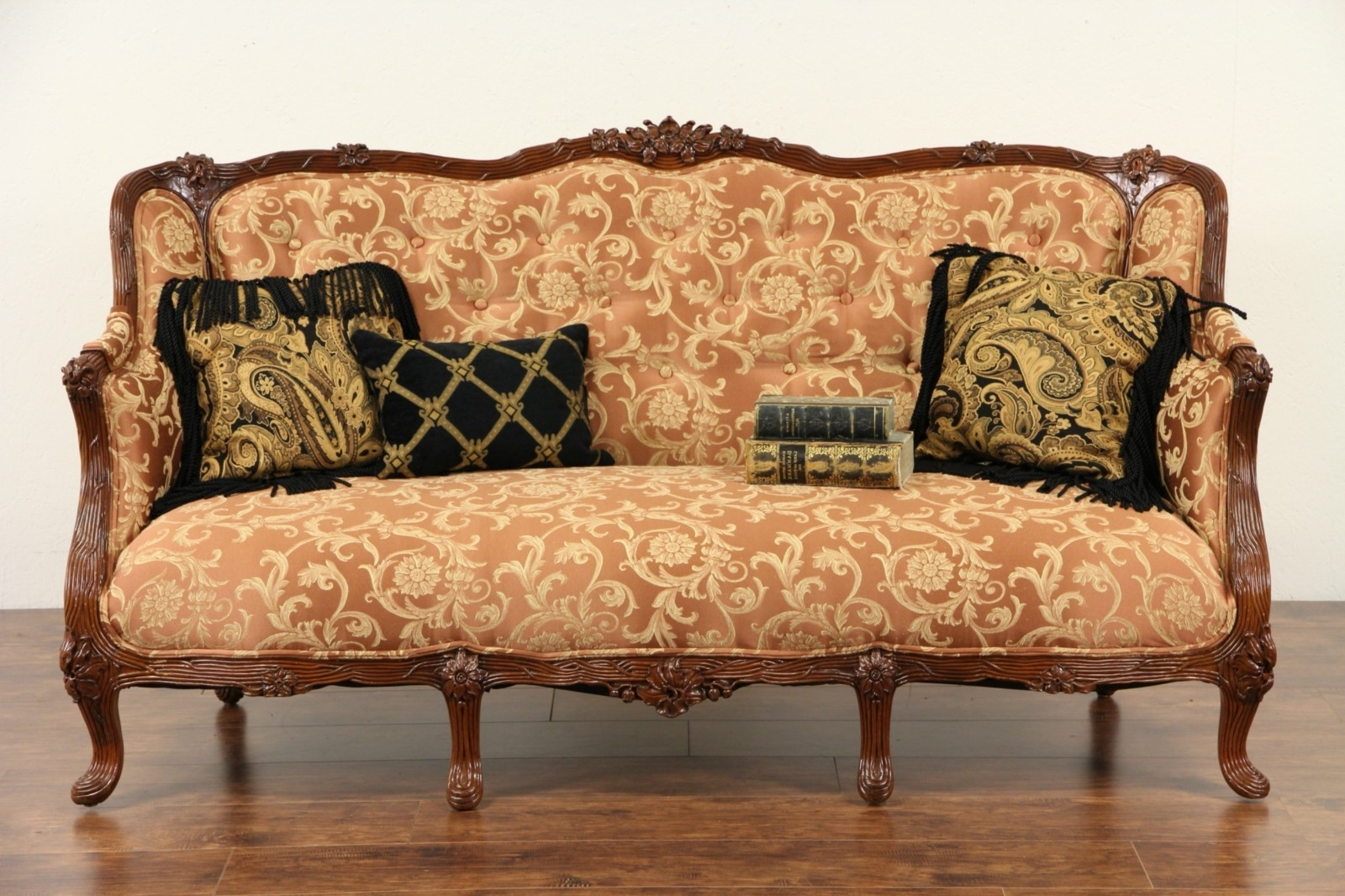 Catosfera Within 1930s Sofas (View 4 of 20)