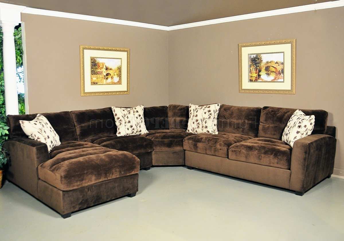 Chocolate Sectional Sofas Pertaining To Popular Nobel Chocolate Fabric Modern 4Pc Sectional Sofa (View 11 of 20)