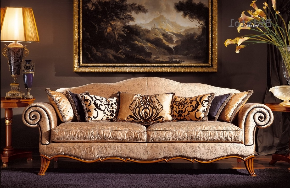 Classic Sofas Regarding Recent Uncategorized : Elegant Sofas With Inspiring Elegant Classic Sofa (View 8 of 20)