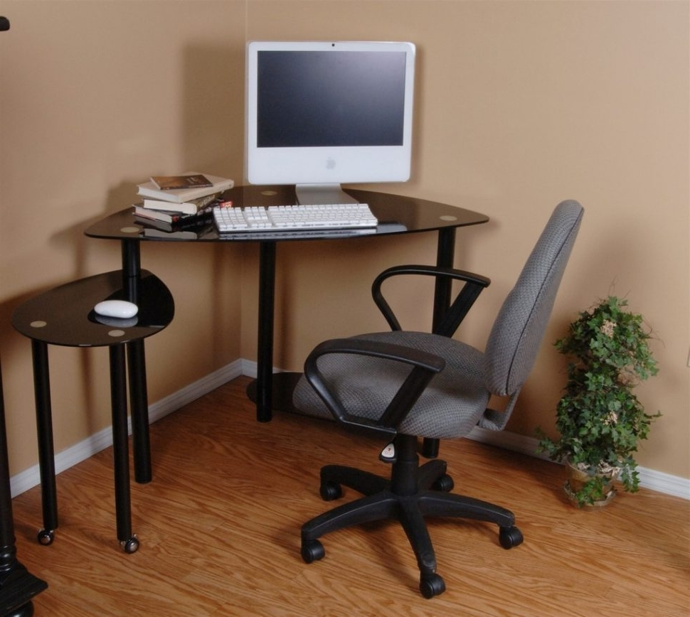 Computer Desks And Chairs In Most Recently Released Desk : Small Wooden Computer Desks For Small Spaces Reception Desk (View 5 of 20)