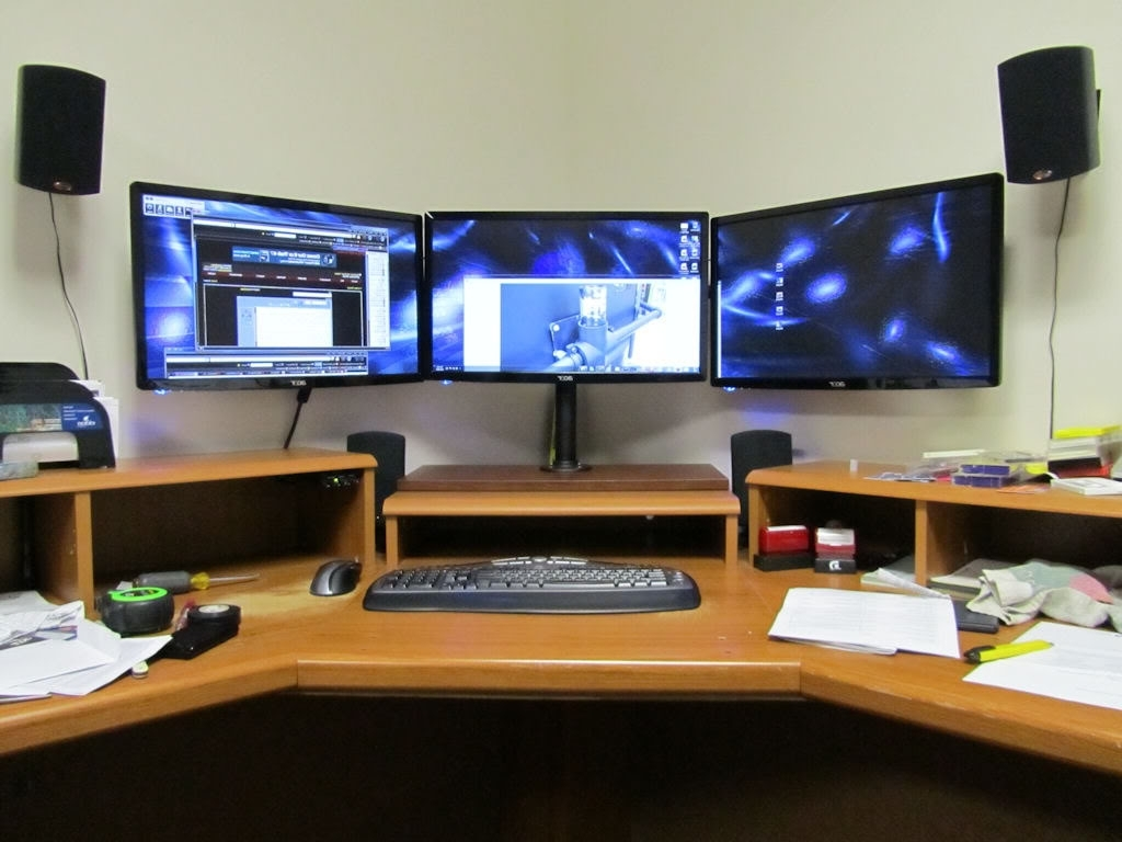 Computer Desks For 3 Monitors Throughout Most Popular Click This Image To Show The Full Size Version (View 15 of 20)