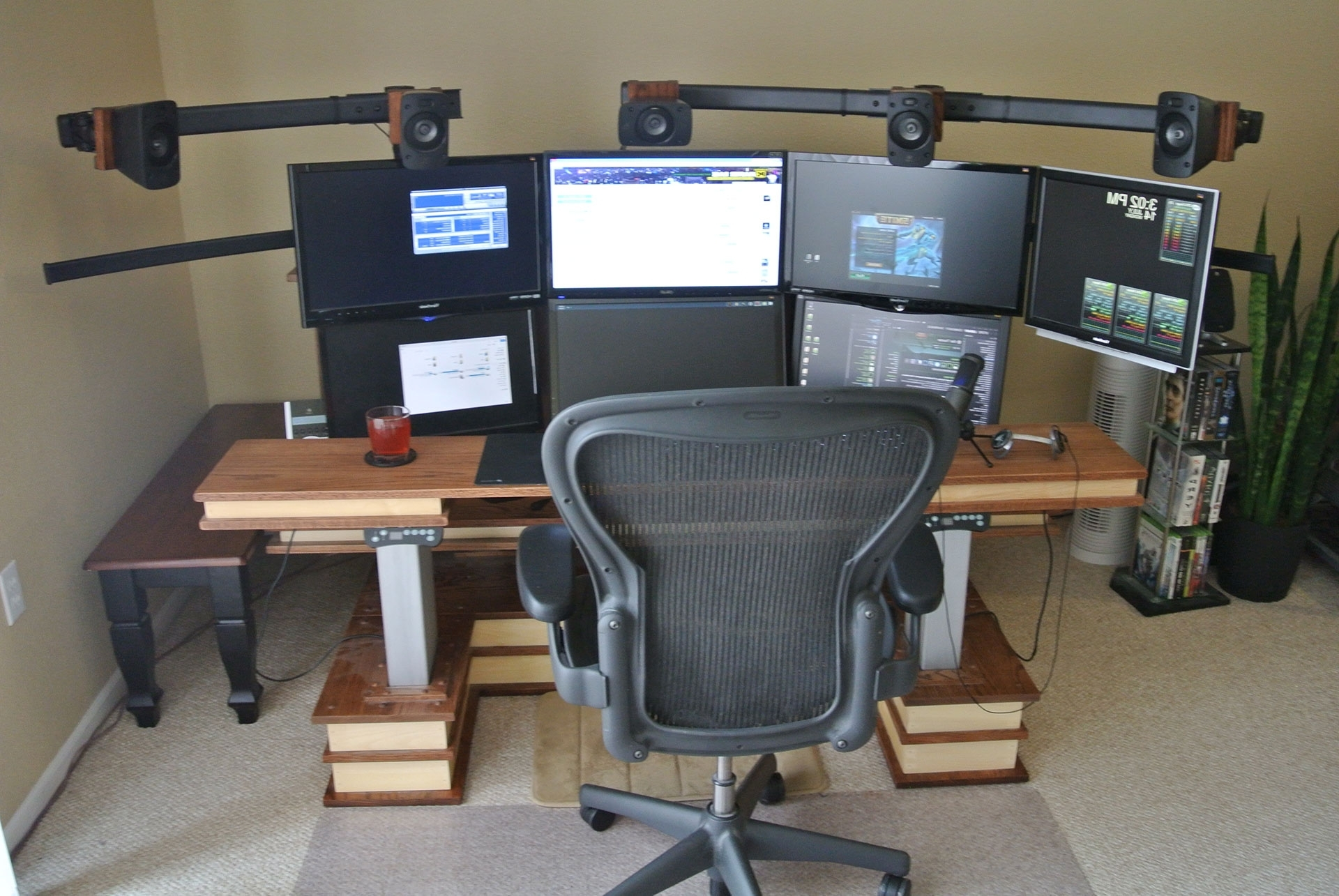 Computer Desks For Dual Monitors Throughout 2018 Desk: Inspiring Computer Desk For Multiple Monitors Ideas Cheap (View 6 of 20)