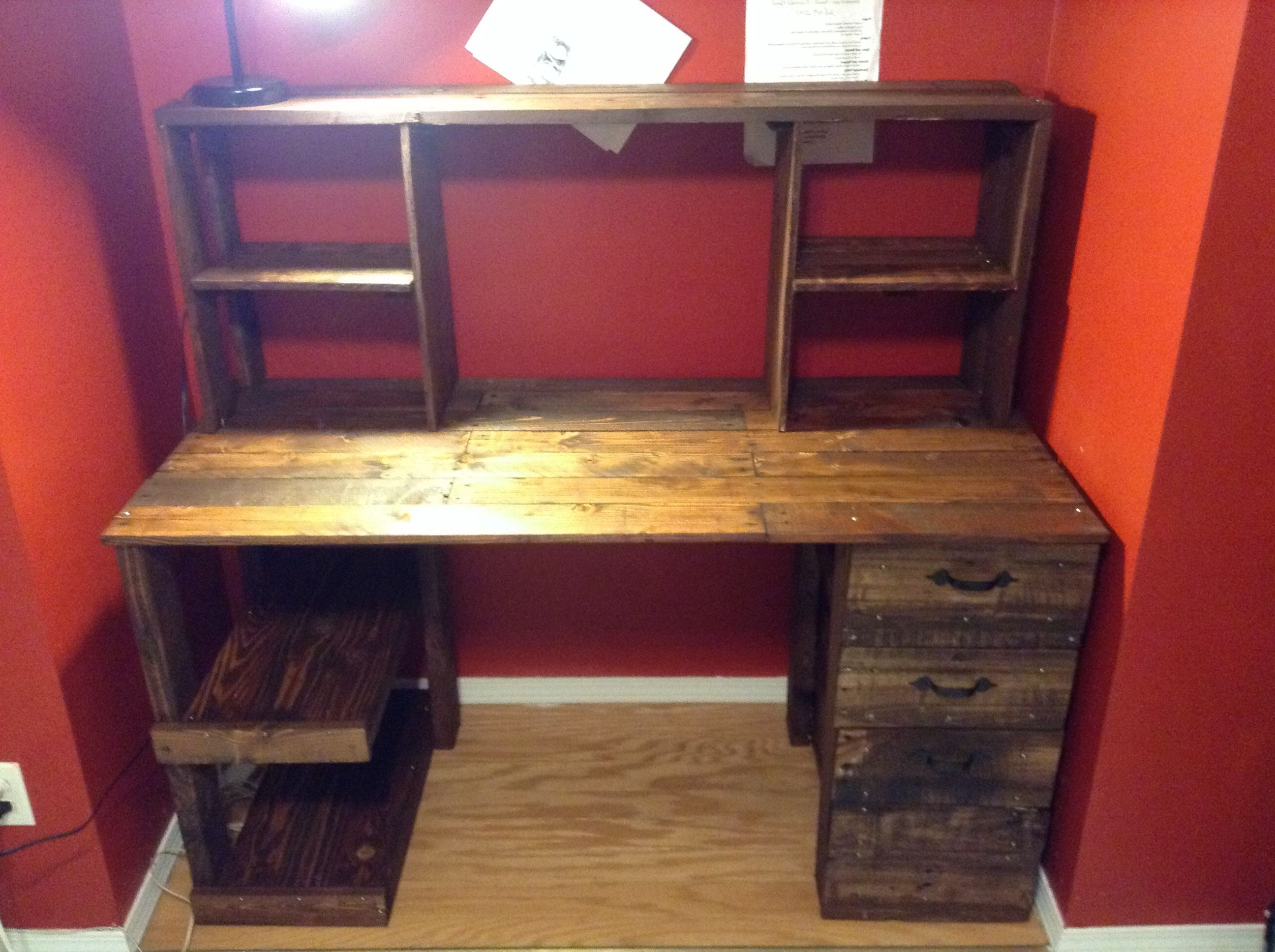Computer Desks With Drawers In Most Up To Date Diy Cheap Pallet Wood Computer Desk With Drawers (View 5 of 20)