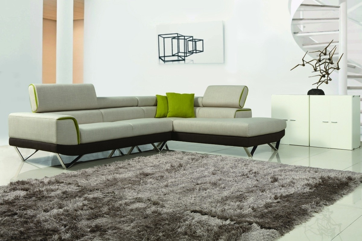 Contemporary Fabric Sofas Regarding 2019 Choosing Between Leather And Fabric Modern Sofas – La Furniture Blog (View 6 of 20)