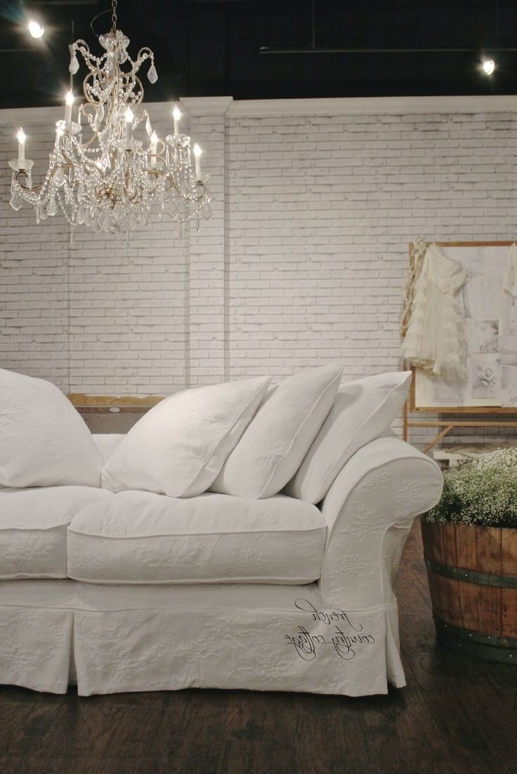 Country Cottage Sofas And Chairs Intended For Widely Used Best 10 Country Sofas Ideas On Pinterest (View 5 of 20)