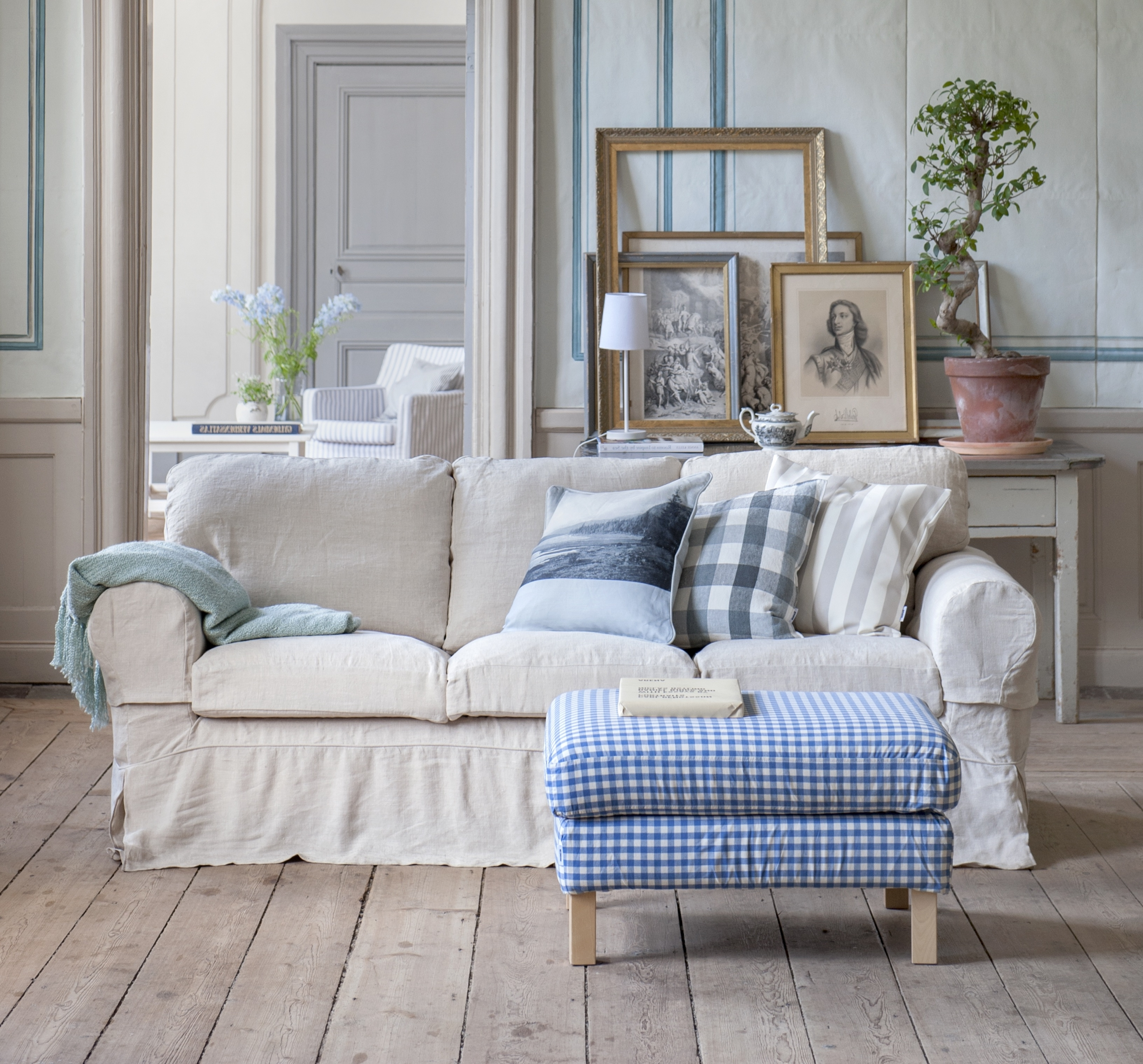Country Style Sofas With Regard To Favorite Cozy Country (View 4 of 20)