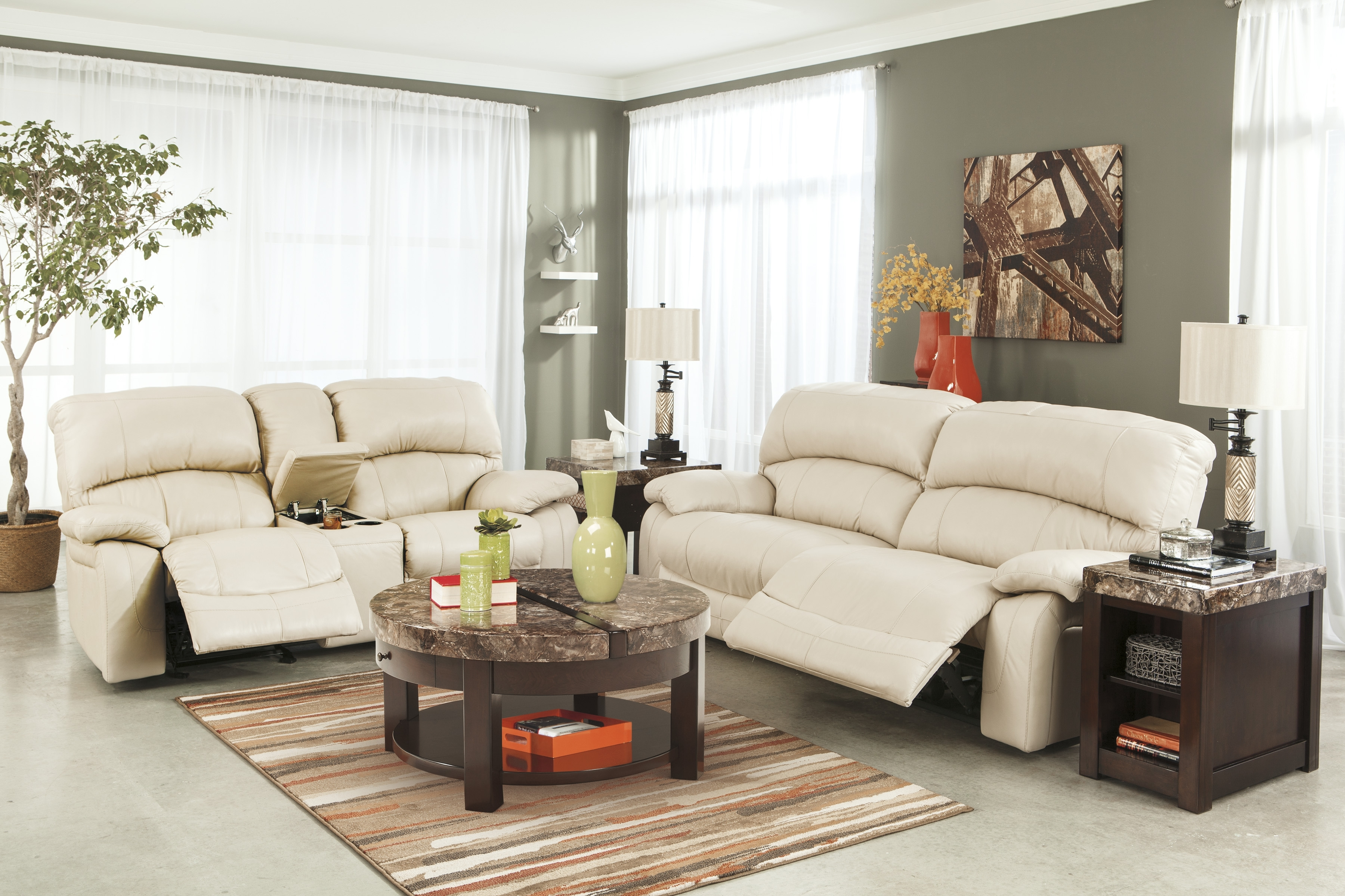 Cream Colored Sofas With Regard To Widely Used Cream Colored Sofa (View 6 of 20)