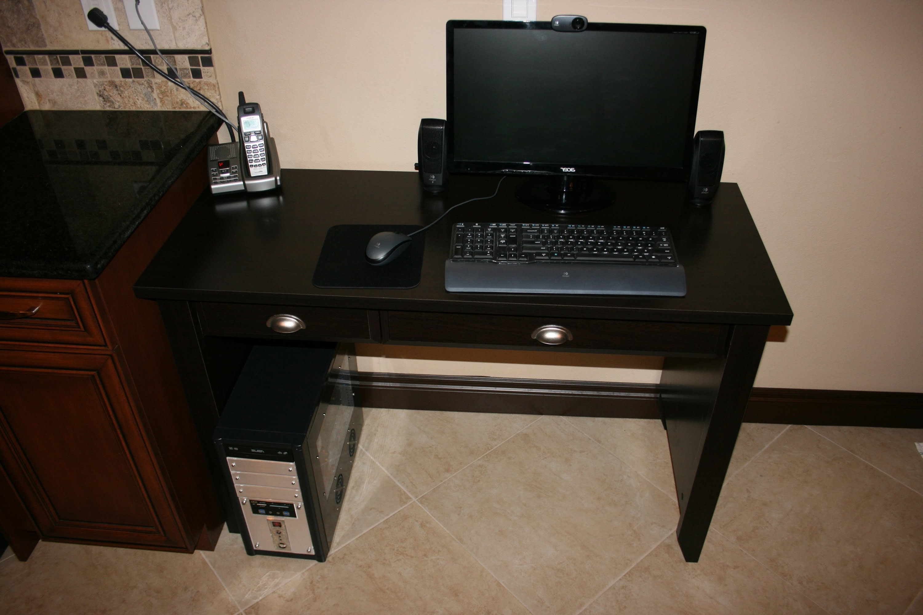 Current Amazon Computer Desks For Sauder Shoal Creek Collection Computer Desk With Jamocha Wood (View 12 of 20)