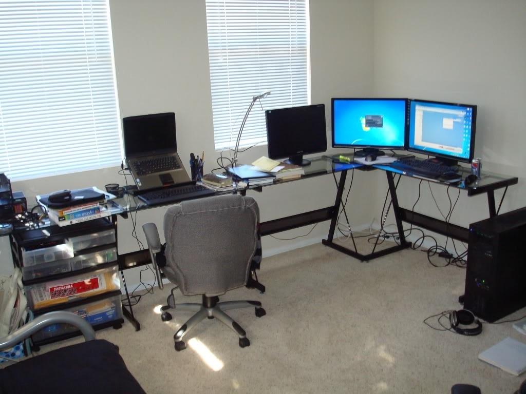 Current Glass Corner Computer Desks In Glass Corner Computer Desk Gaming — Desk Design : Very Elegant (View 4 of 20)