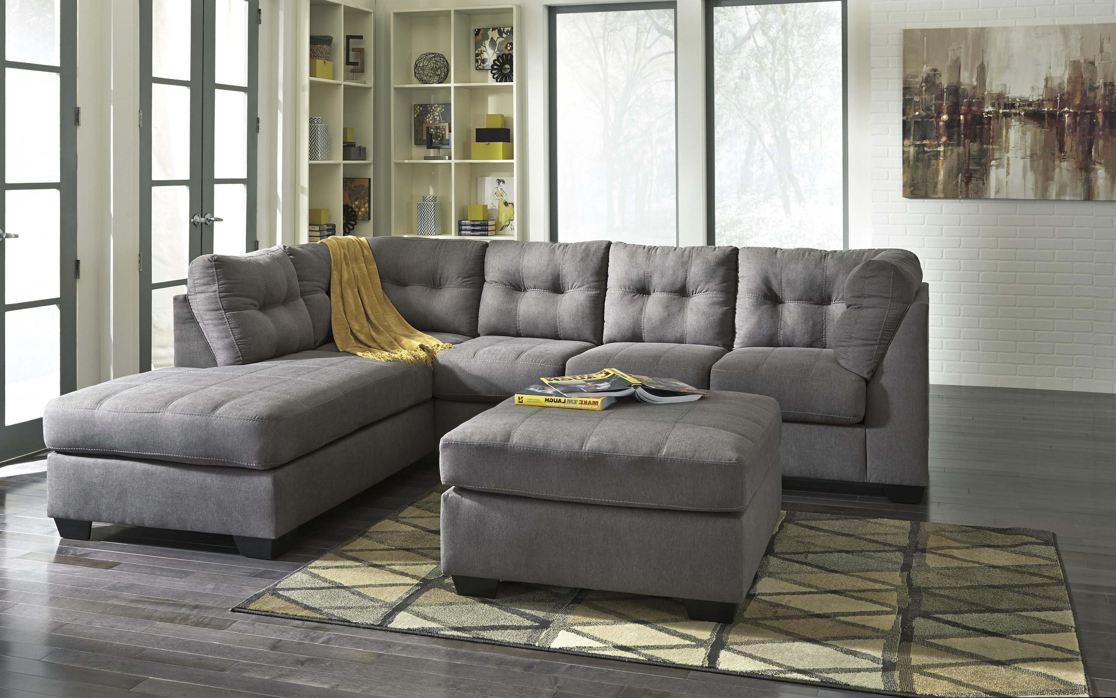 Family Room Intended For Eau Claire Wi Sectional Sofas (View 4 of 20)