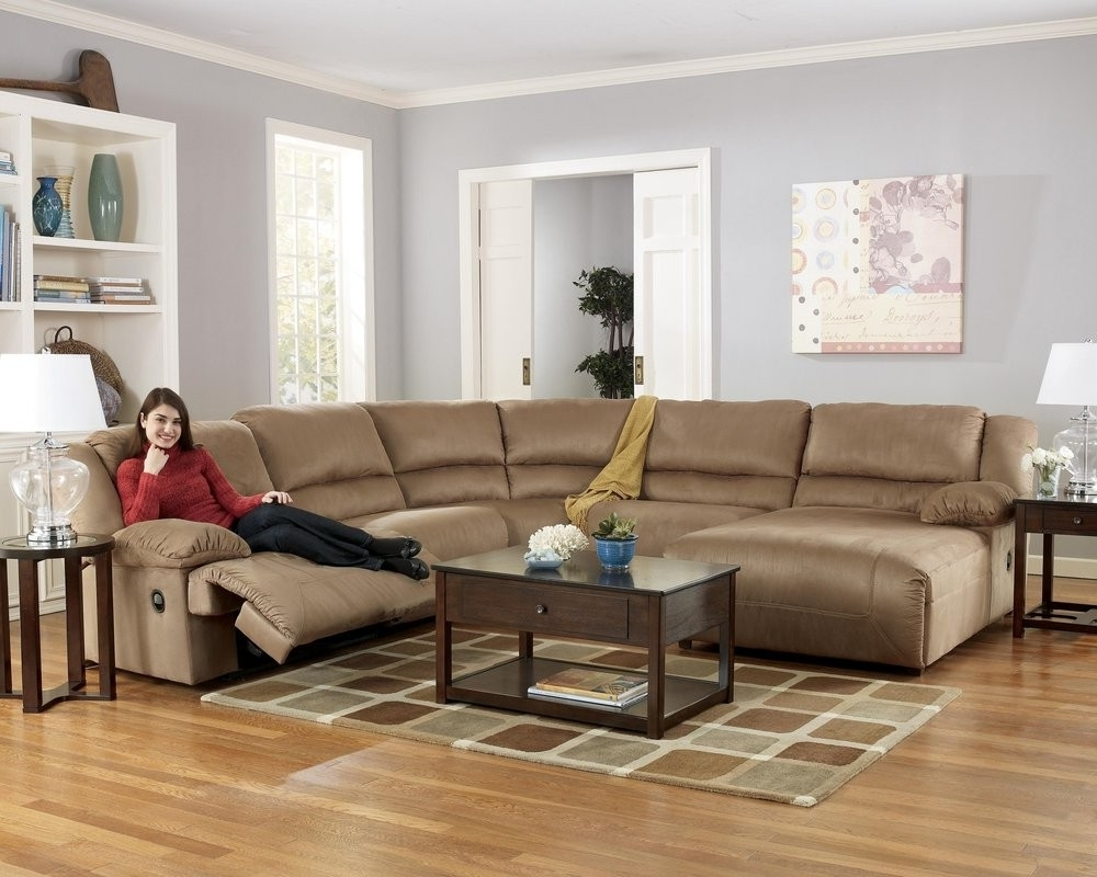 Famous Awesome Sectional Sofas With Chaise And Recliner Photos Inside 10X8 Sectional Sofas (View 10 of 20)