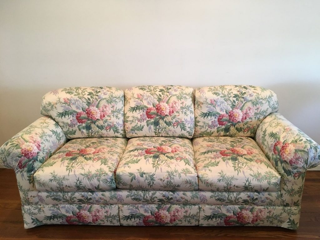 Famous Chintz Sofas And Chairs Within Retro Furniture Trends Throughout The Ages (View 10 of 20)