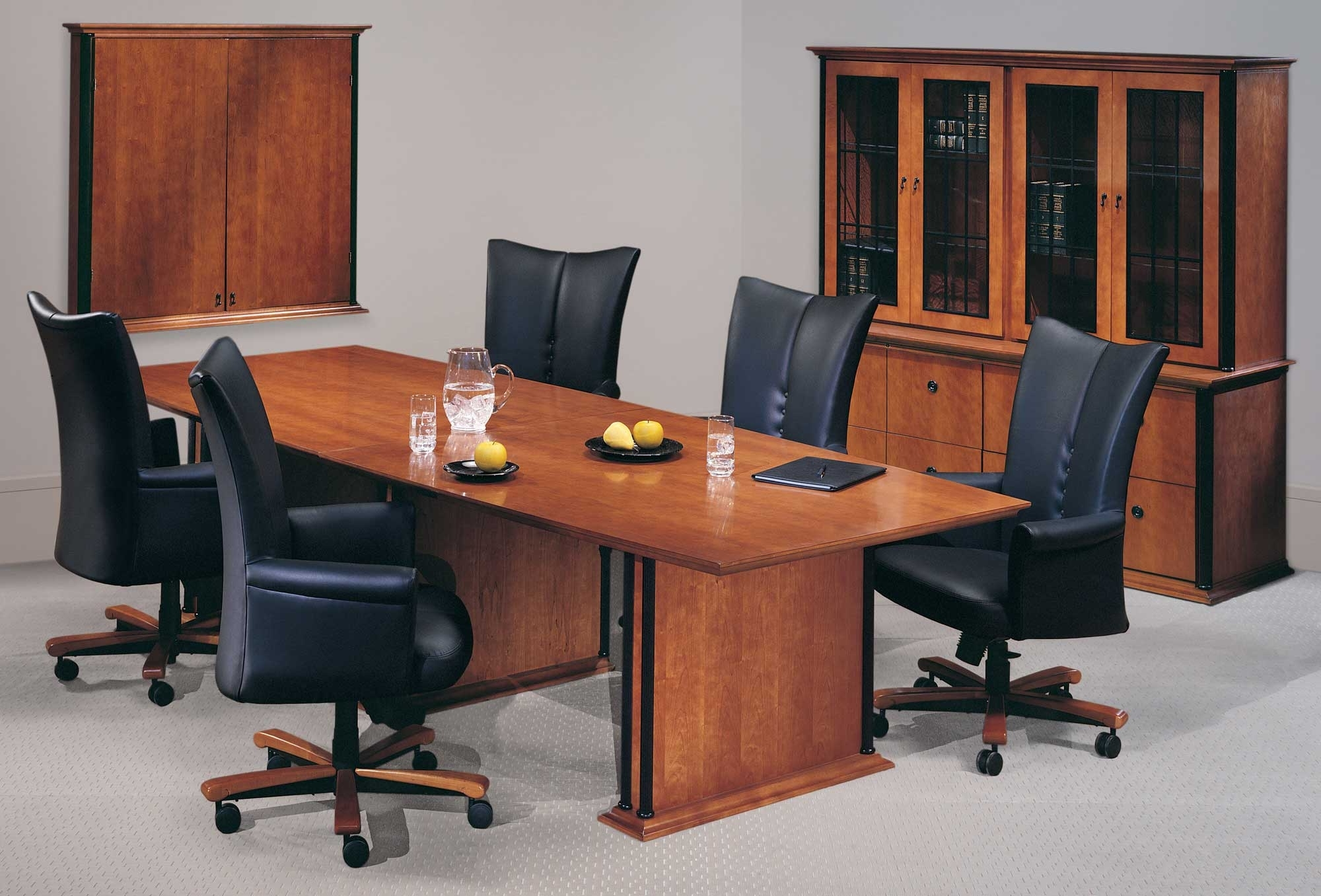 Famous Executive Office Table And Chairs Intended For Interior : Office Furniture Overland Park Executive Interior Dubai (Gallery 5 of 20)