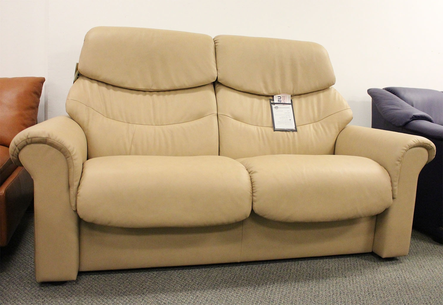 Famous High Point Nc Sectional Sofas Inside High Back Sectional Sofas – It Is Better To Opt For Leather Or Fabric? (View 8 of 20)