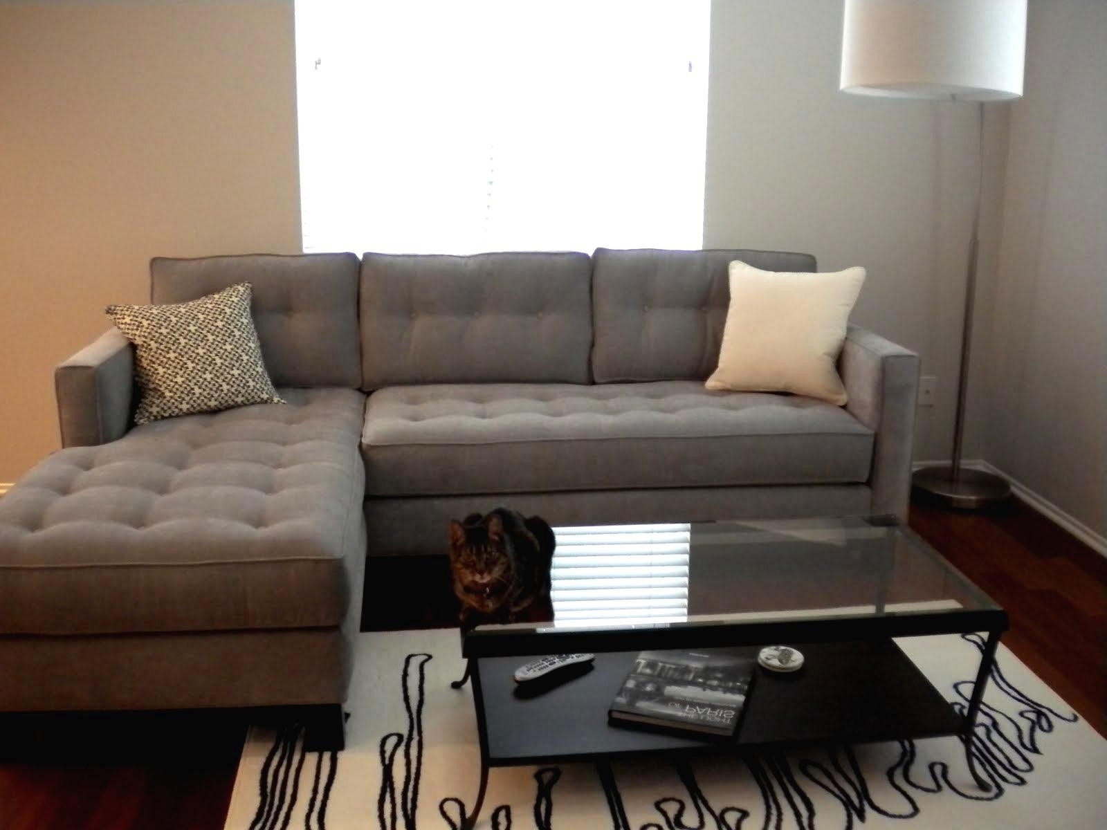 Famous Tufted Sectional Sofas With Chaise In Sofa: Tufted Sectional Sofa With Chaise (View 4 of 20)