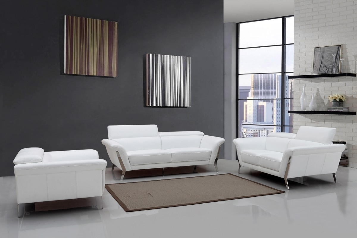 Famous White Modern Sofas Intended For Modern White Upholstered In Italian Leather Sofa Set New York New (View 4 of 20)