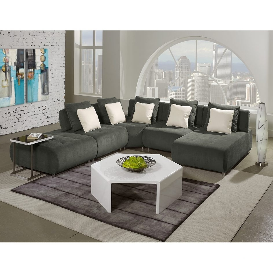 Fashionable Amazing Modular Sectional Sofa For Small Living Room Ideas With U With Small U Shaped Sectional Sofas (View 9 of 20)