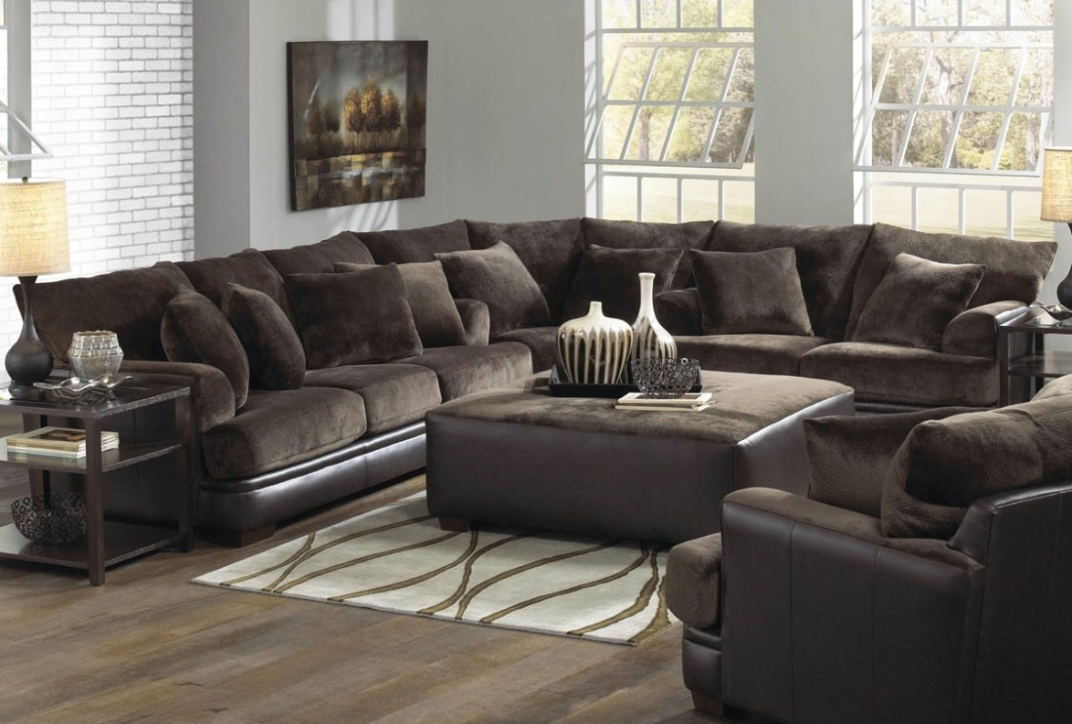 Fashionable Closeout Sofas Throughout Sofa : Closeout Sofas Stimulating Closeout Leather Sofas (View 8 of 20)