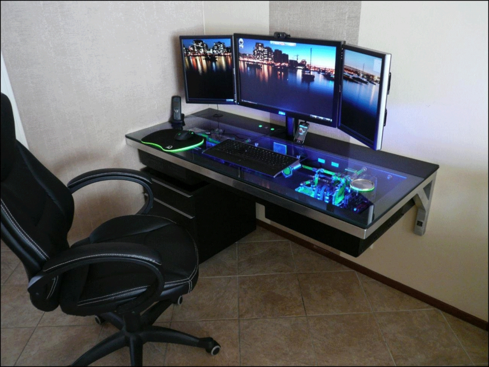 Fashionable Computer Gaming Desks For Home Pertaining To Space Management And Easy Access – The Motto Behind Gaming Desks (View 11 of 20)