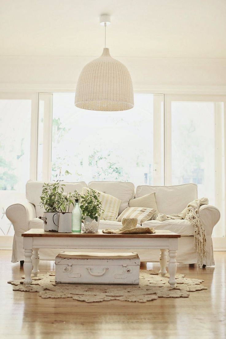 Fashionable Country Cottage Sofas And Chairs Throughout 2018 Latest Country Cottage Sofas And Chairs With Additional Cool (View 12 of 20)