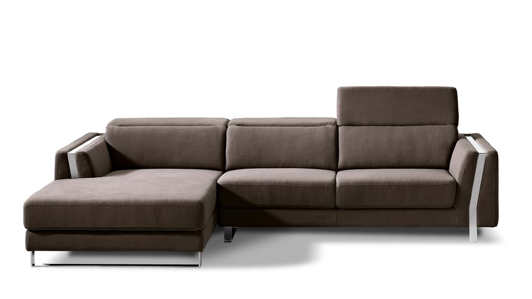 Fashionable El Paso Texas Sectional Sofas Throughout Brown Xavier Sectional Sofa (View 11 of 20)
