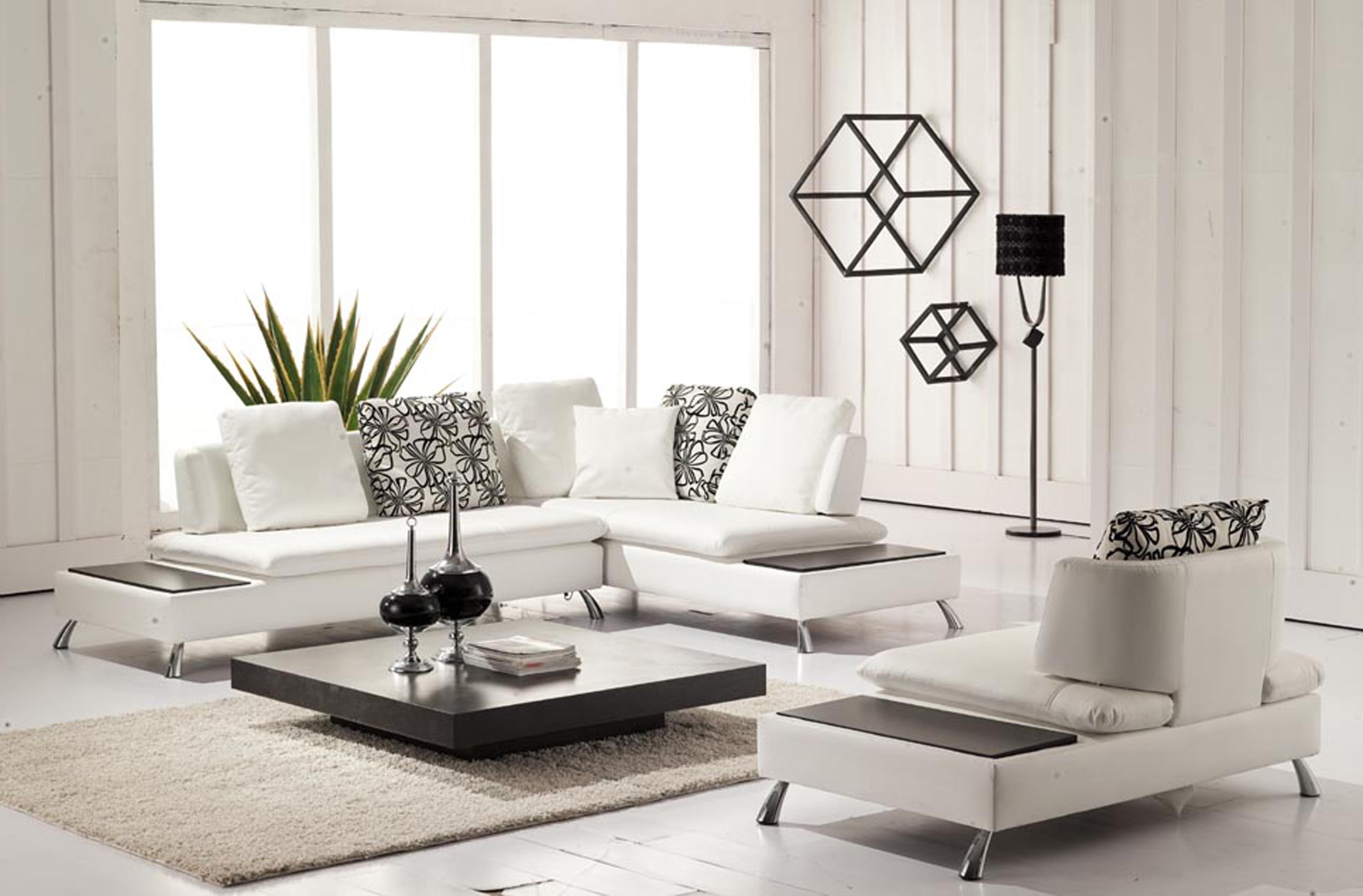 Fashionable Inexpensive Leather Sectional Sofa For Small Apartment Layout With With Regard To Inexpensive Sectional Sofas For Small Spaces (View 6 of 20)