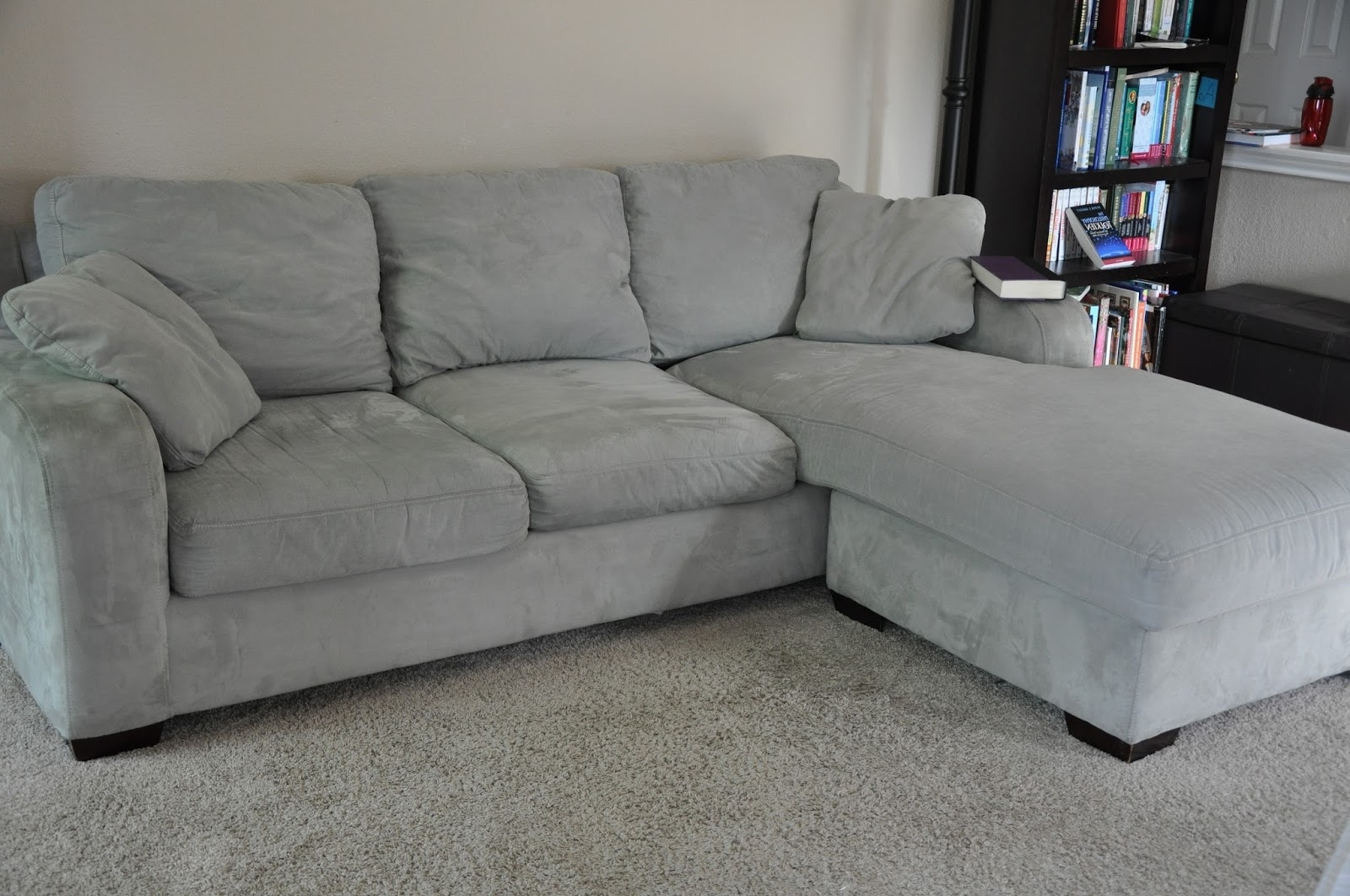 Fashionable Interior: Circle Sofa Chair And Overstuffed Couches Regarding Overstuffed Sofas And Chairs (View 11 of 20)