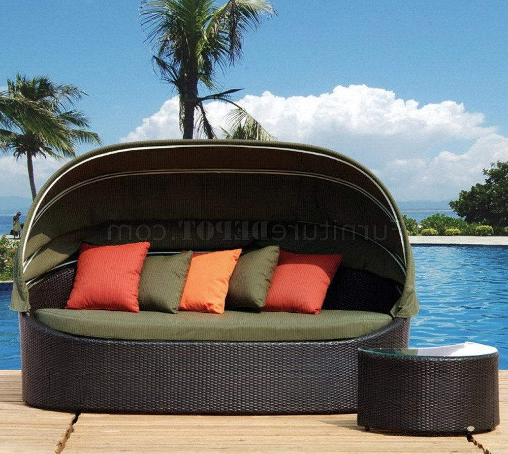 Fashionable Outdoor Sofas With Canopy Throughout Black Modern Outdoor Lounge Sofa W/canopy & Side Table (View 1 of 20)