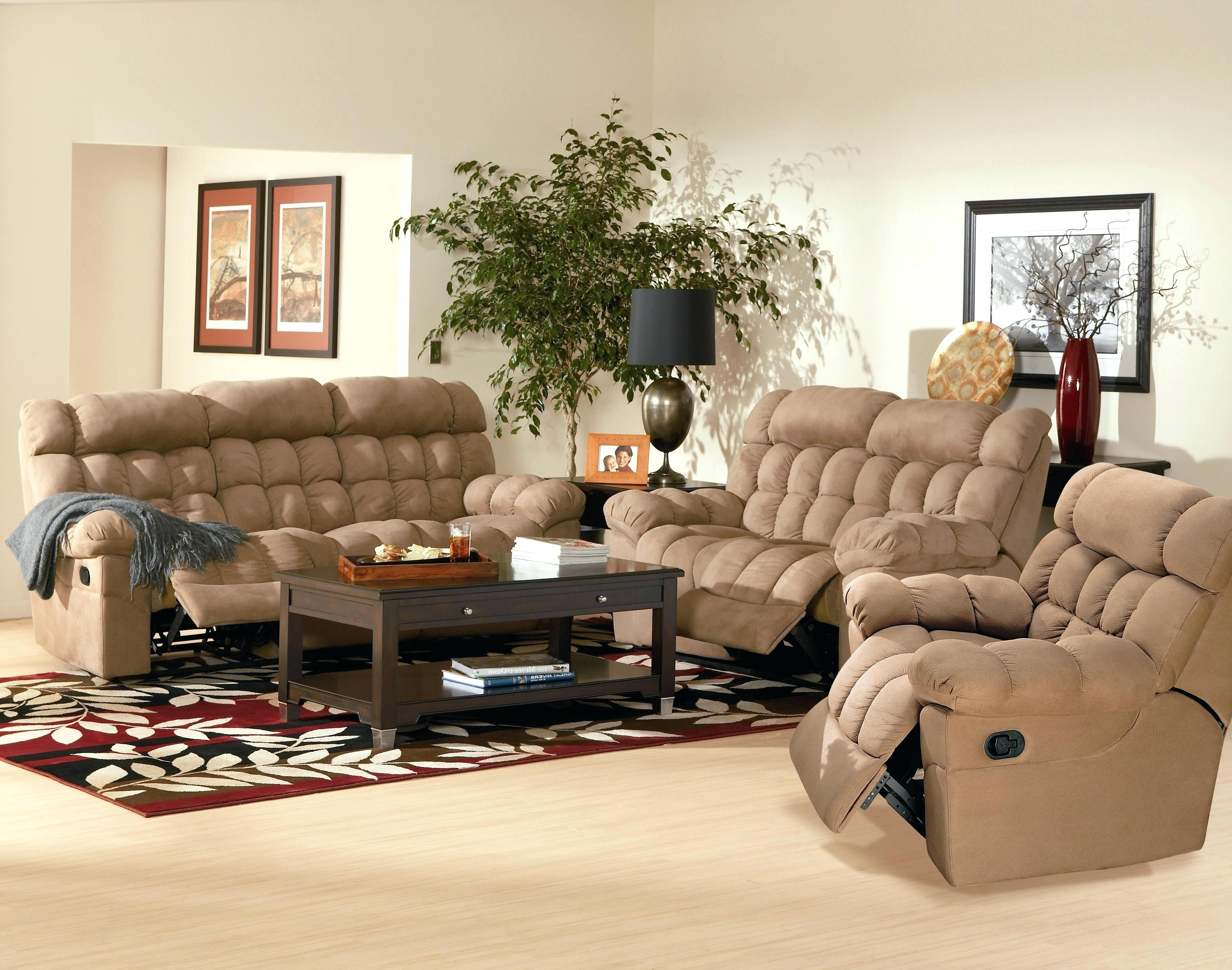 Fashionable Overstuffed Sofa – Jasonatavastrealty With Regard To Overstuffed Sofas And Chairs (View 7 of 20)