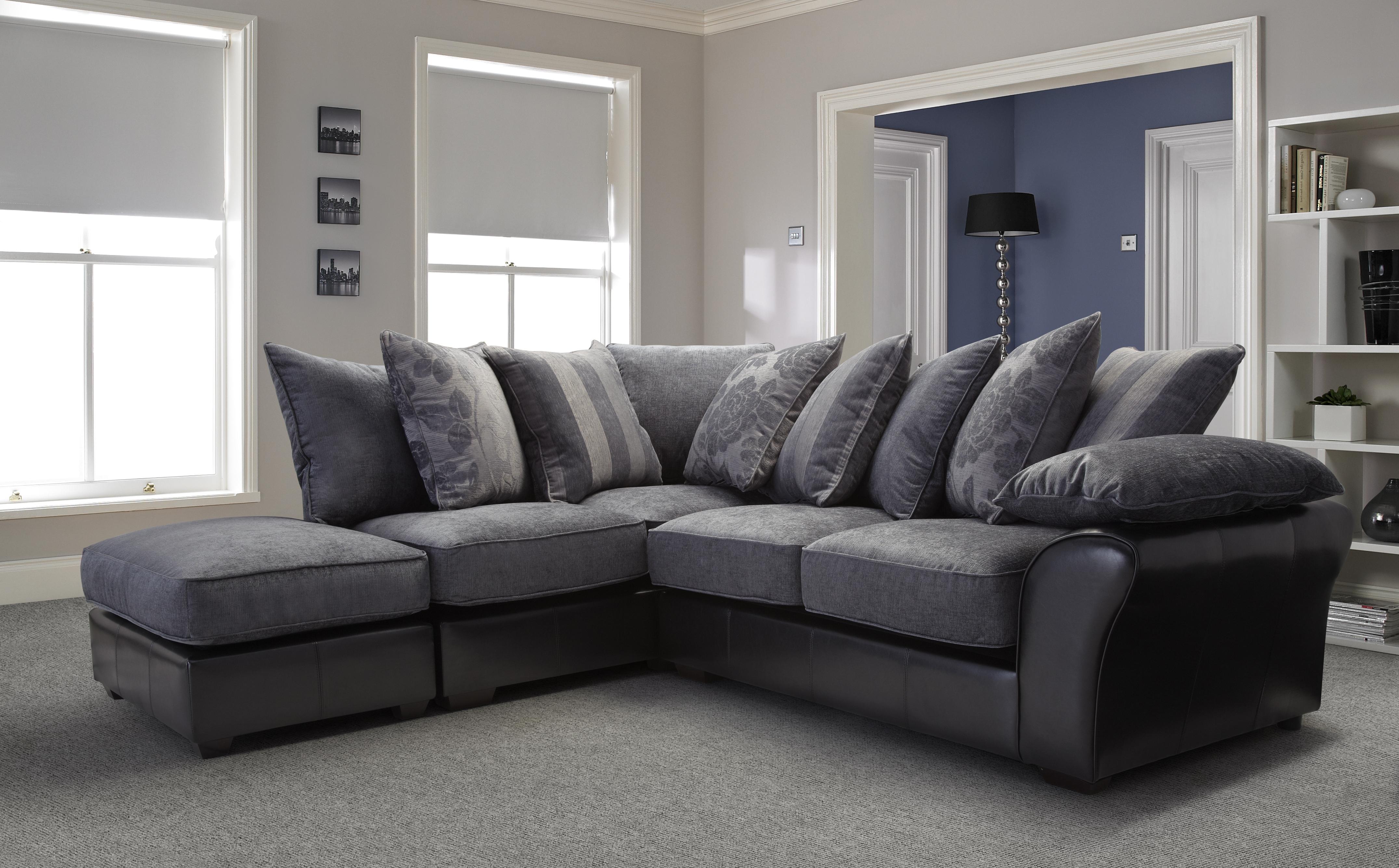 Favorite Leather Corner Sofas Regarding Furniture: Breathtaking Corner Sofas Decorating Ideas Leather (View 10 of 20)