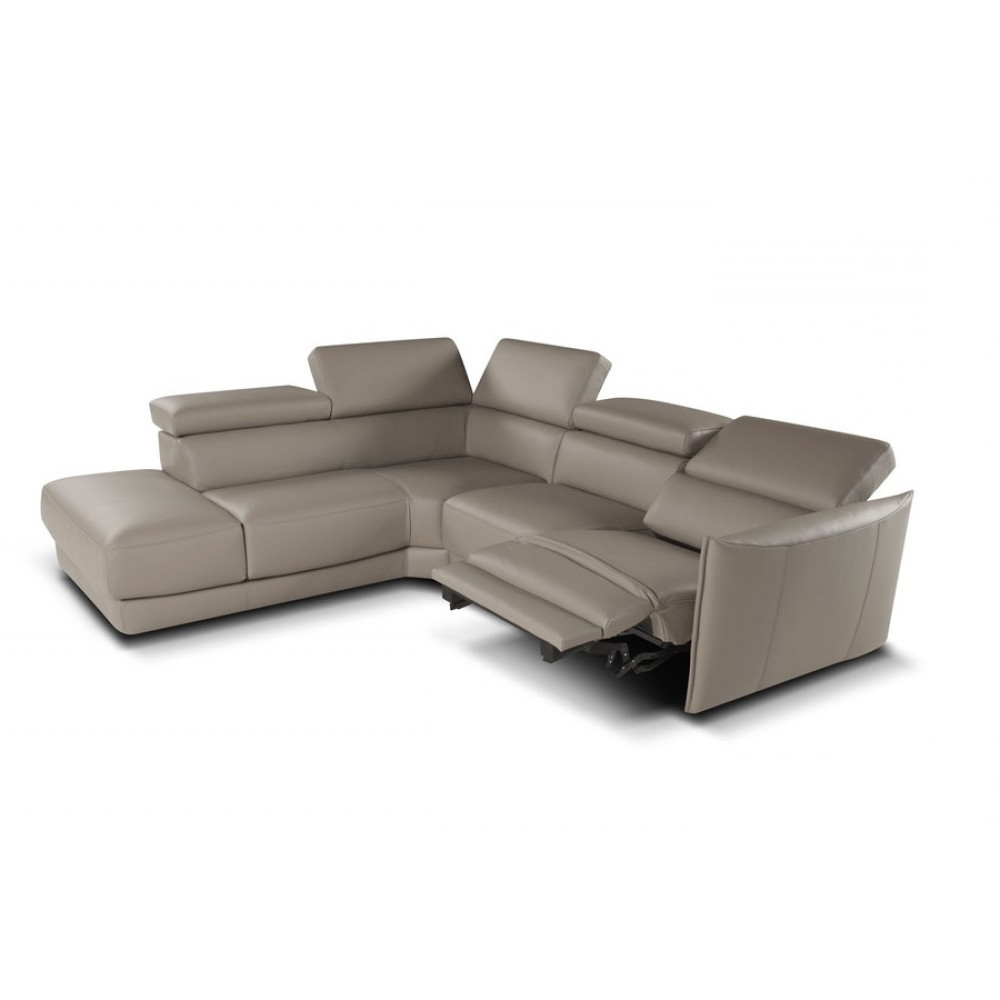 Favorite Nicoletti Camilion Sectional Sofa With Electric Recliner With Regard To Sectional Sofas With Electric Recliners (View 2 of 20)