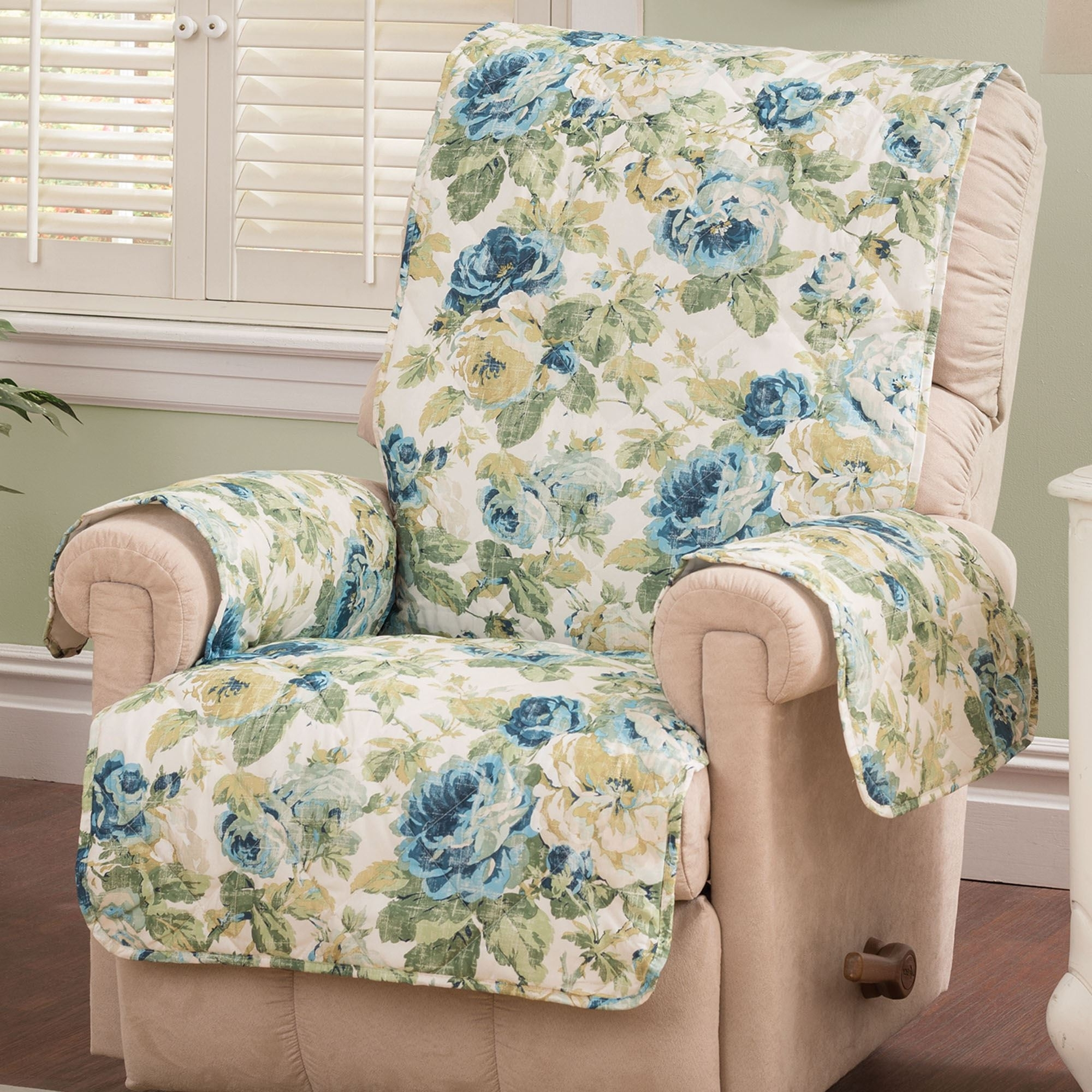 Floral Sofas And Chairs Throughout Most Recent English Floral Sky Blue Quilted Furniture Protectors Protector (View 14 of 20)